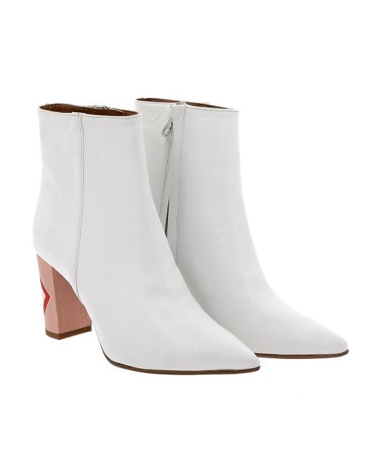 white leather, pocon boots, silvian heach, aria boutique