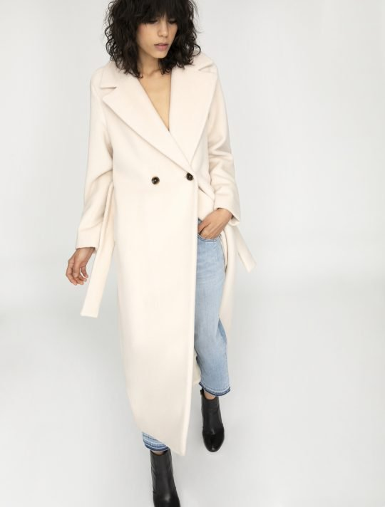 IBlues Cream Coat 01
