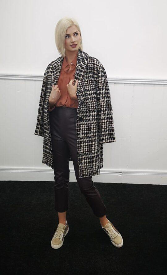i Blues Black & White Check Coat
