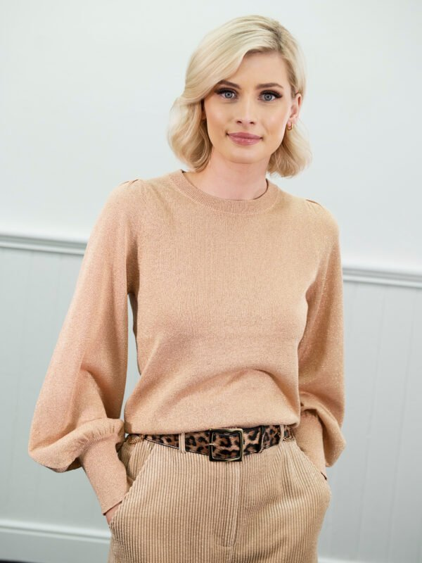 Second Female Lea Knit